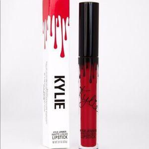 Kylie cosmetics Mary jo liquid lipstick